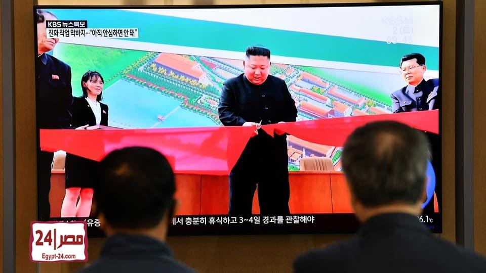 """بالفيديو أول ظهور لرئيس كوريا الشمالية بعد شائعات اصابته بـ""""مرض خطير"""" 1"""